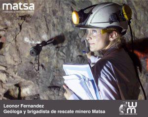 Leonor Fernández en el interior de una mina