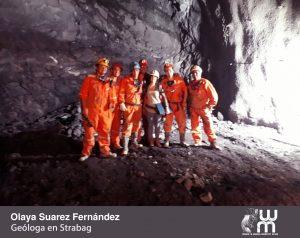 Olaya Suárez. Foto de grupo de mujeres en el interior de una mina
